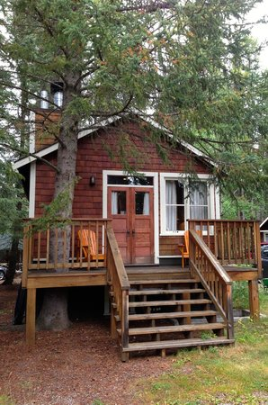 Johnston Canyon Resort : Pilot Bungalow