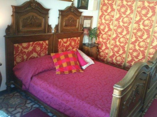 Domus Valeria : Double bedroom