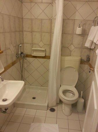 Victory Inn : Salle de bain