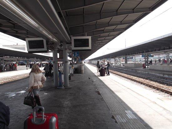 Treni Eurostar Italia: Estação de trem.