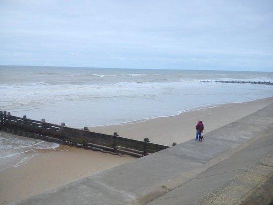 Castaways Holiday Park: coastal  walk