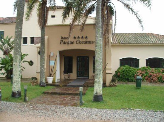 Hotel Parque Oceanico: Entrée de l'hôtel