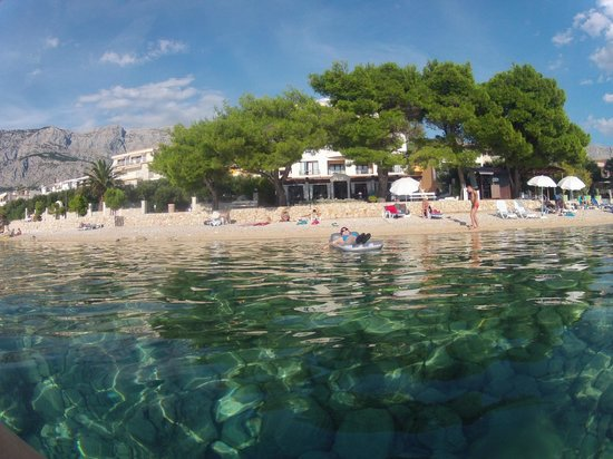 Villa Andrea: Looking back at the hotel from the sea.