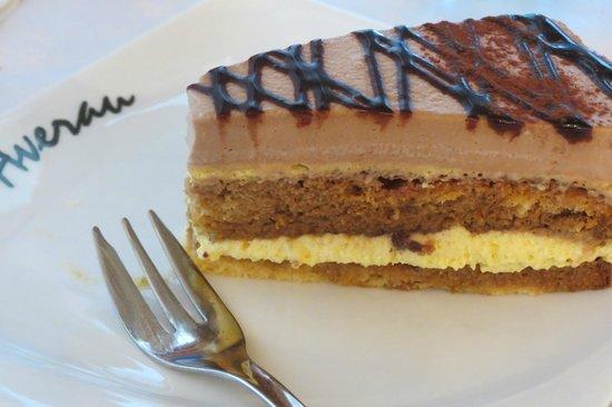 Rifugio Averau: torta al bayles
