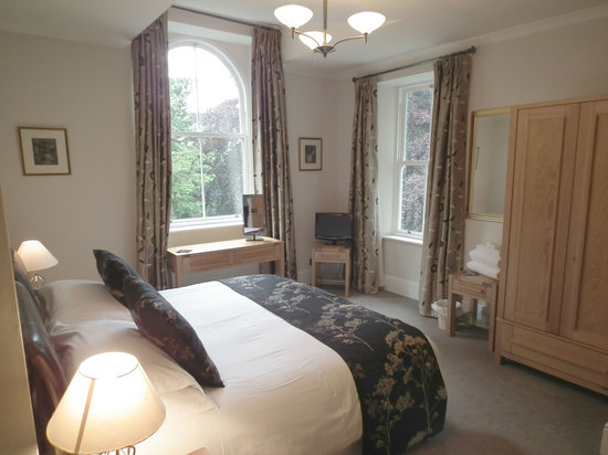The Beeches Guest House: Bed 2 (Super King - Twin)
