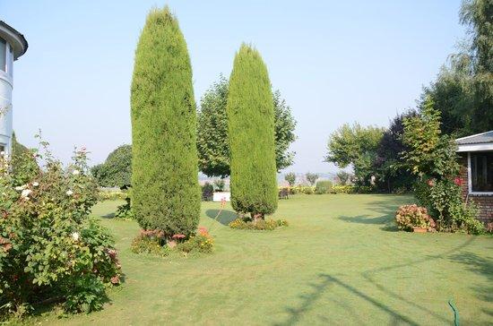 Hotel Dar-Es-Salam: Garden