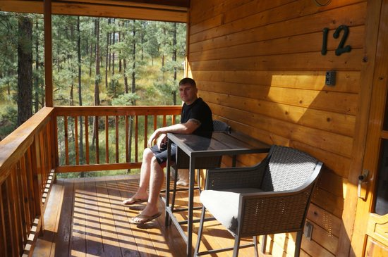 Ruidoso Lodge Cabins: patio