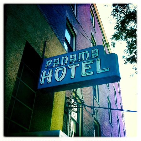 Panama Hotel: sign