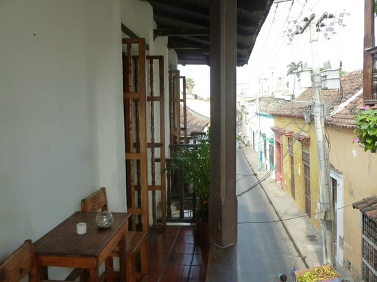 Makako Chill Out Hostel: el balcon colonial