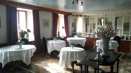 Gd Hotel Bella Tola & St-Luc: Salle du petit déjeuner