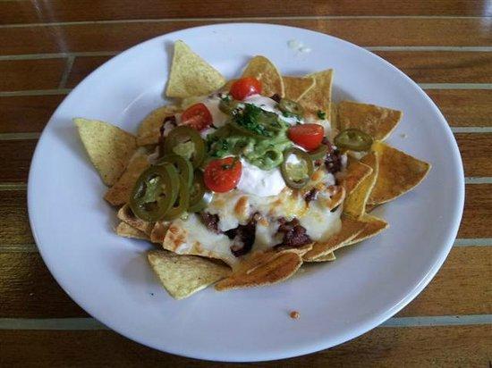 The Turf Locks: Chilli nachos