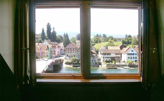 Hotel Rheinfels: What we see as we approach our window for the first time