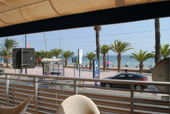 Hotel Neptuno: Terraza del desayuno