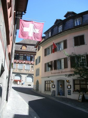 Hotel Rheinfels: The entrance to the hotel is on the left. This is what you say going into town