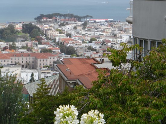 A Friend in Town Tours: View from Nob Hill