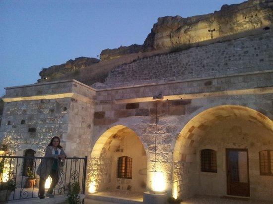 Kayakapi Premium Caves - Cappadocia: cair da noite