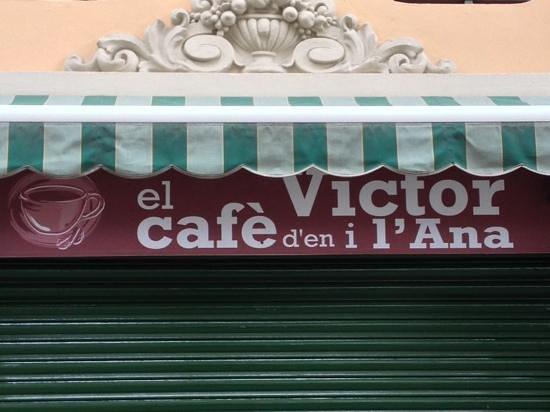 El Cafe d'en Victor i Anna: entrada del bar