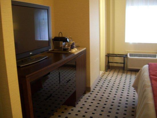 The Warwick Hotel Rittenhouse Square : tv