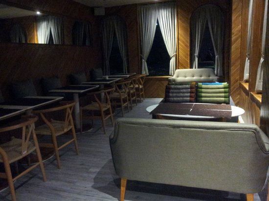 Boxpackers Hostel: CHAT ROOM