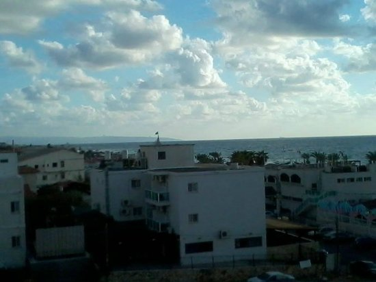 Madison Hotel Nahariya: View from the room to the Mediterranean Sea