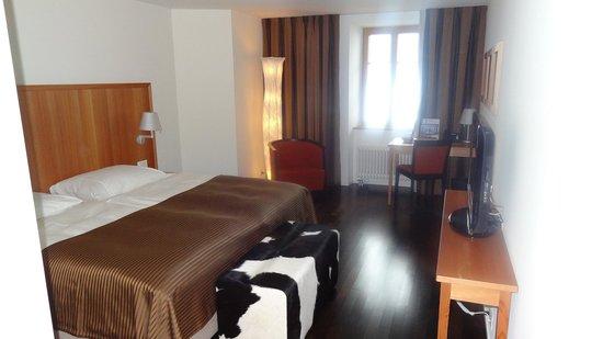 Hotel Pilatus-Kulm: Zimmer