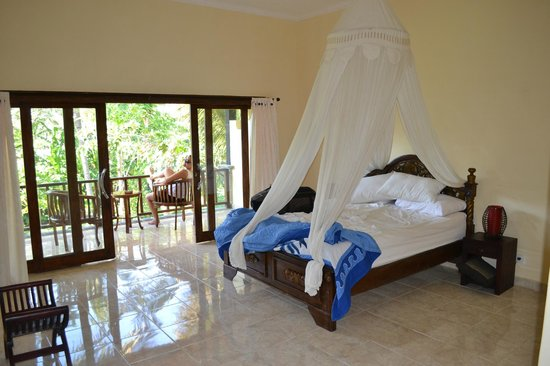 Bali Bhuana Beach Cottages: Chambre