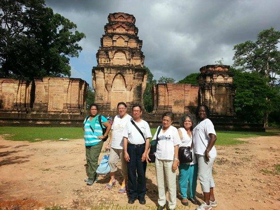 Premier Angkor Tours : Siem Reap & Bunhak you are wonderful!!