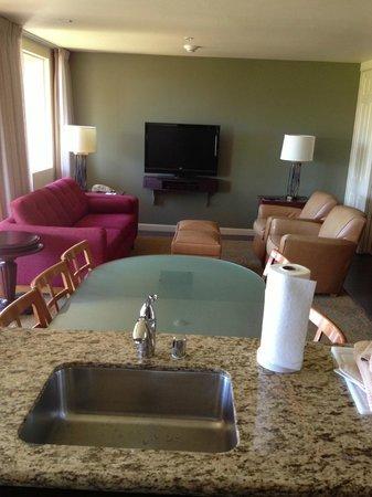 Marriott's Shadow Ridge II- The Enclaves: Enclaves Dining/ Living room.