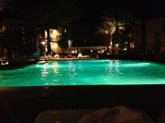 Marriott's Shadow Ridge II- The Enclaves: Enclaves pool at night.