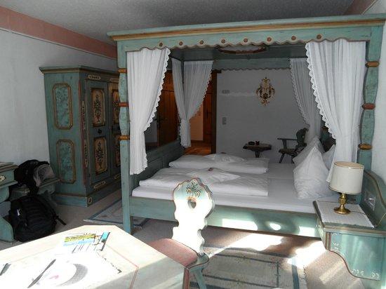 โรงแรมชาเล่ต์เซนเกอร์: Room