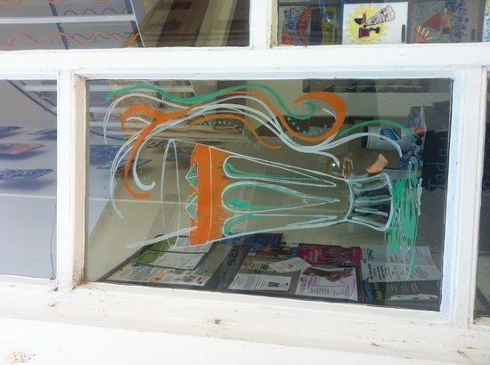 The Rusty Bucket Coffee Shop: Window Art courtesy of Becky B.