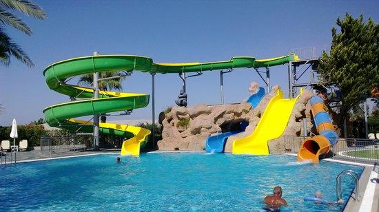 Alba Resort Hotel: Water slide at main pool