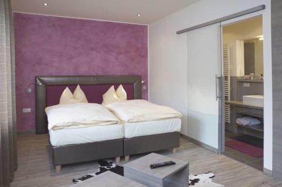 City Appartement Dina Mariner-Zimmer: Zimmer Lorli