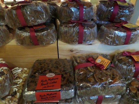 Low Sizergh Barn Tea Room: delicious fruit cake