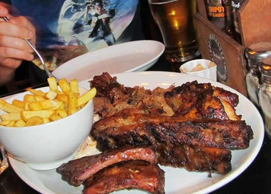 Bodean's BBQ - Tower Hill: Bodeans Platter for 2