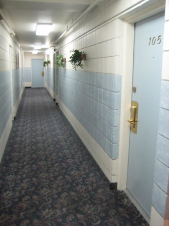 Flagship Inn: Could be a picture from The Shinning, but no