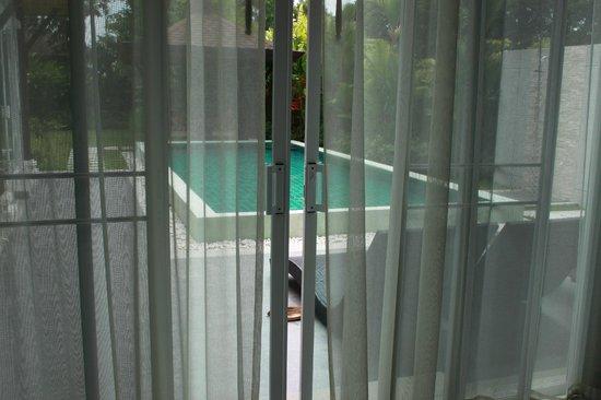 The Kiri Villas Resort: Pool view from the hall