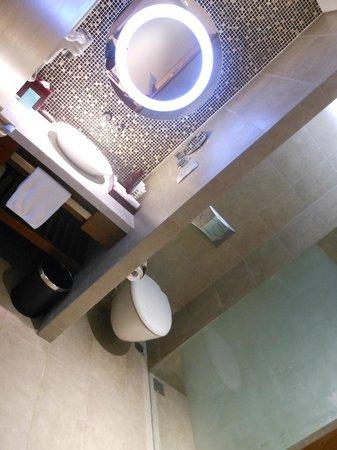 Grand Mercure Danang: Bathroom ^^