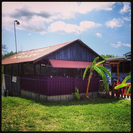 Cajun Cafe On the Bayou: Exterior