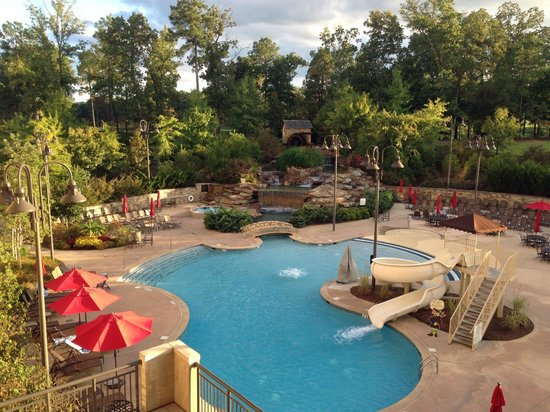 Renaissance Birmingham Ross Bridge Golf Resort & Spa: View of Pool from 2nd floor deck