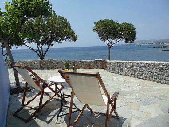 Paraktio Beach Apartments: Studios veranda