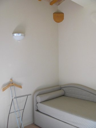 Hotel Asolo: the alcove with day bed