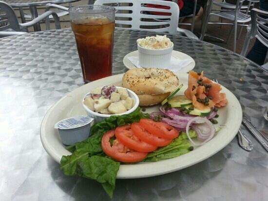Mosquito Cafe: bagel and lox