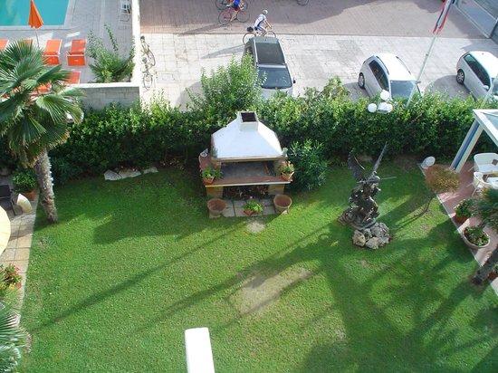 Hotel Tridentum: giardino