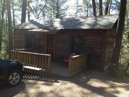 Idle Hour Lodge : cabin 11