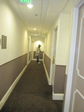 Hotel Vertigo: corridoio