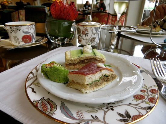 โรงแรมเดอะเทเบิ้ล เบย์: High Tea