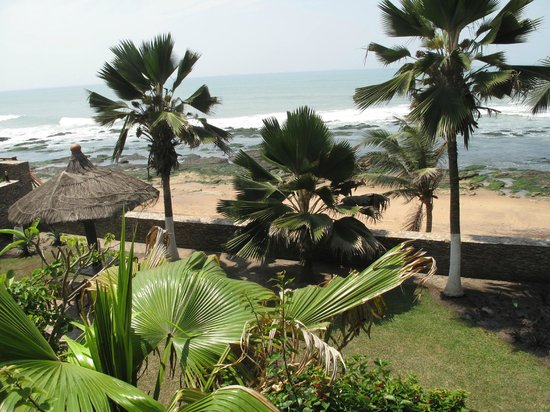 Best Western Plus Accra Beach Hotel: View from patio