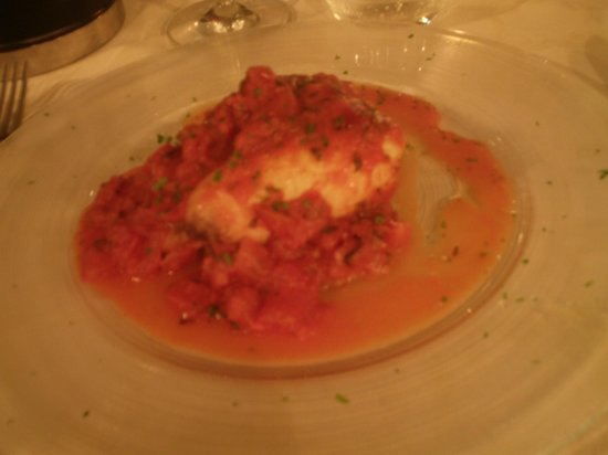 Ristorante Portoprego : Swordfish Baked in Tomato Sauce
