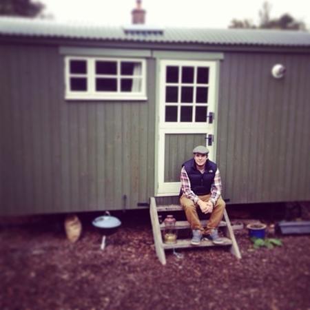 Doverhay Farm Shepherd's Hut: :)